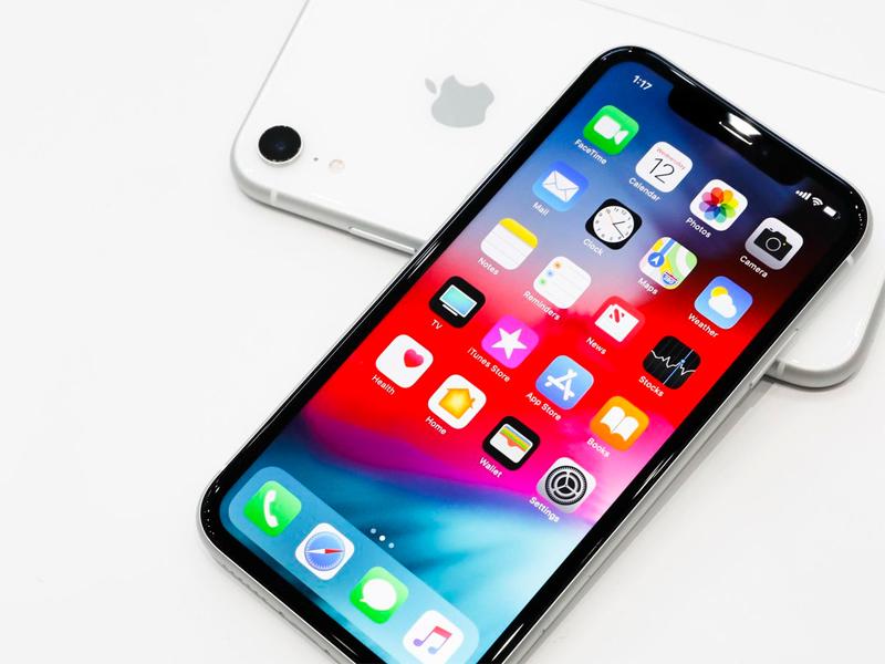 https://www.speedyphonefix.com/wp-content/uploads/2018/09/iPhone-Xs.jpg